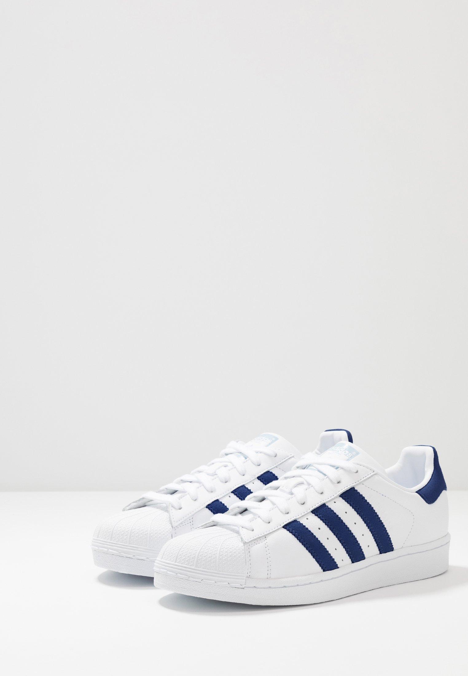 blue white Originals glow basses footwear adidas SUPERSTARBaskets txdChQrs