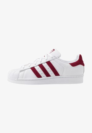 SUPERSTAR - Matalavartiset tennarit - footwear white/collegiate burgundy