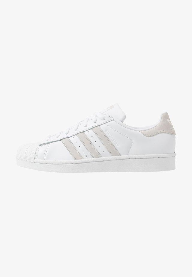 SUPERSTAR - Sneakers laag - footwear white/royal