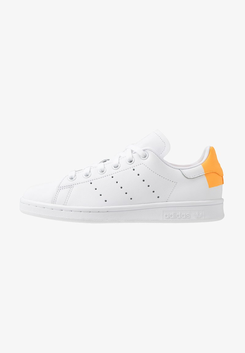 adidas Originals - STAN SMITH HEEL PATCH SHOES - Baskets basses - footwear white/flash orange
