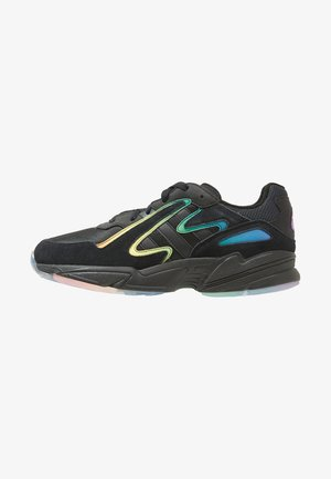 YUNG-96 CHASM - Matalavartiset tennarit - black/multicoloured