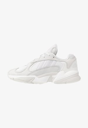 YUNG 1 - Sneakersy niskie - crystal white/grey one/core black
