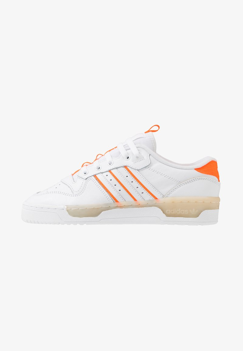 adidas Originals - RIVALRY BASKETBALL-STYLE SHOES - Trainers - footwear white/solar orange