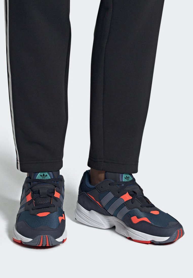 adidas Originals - YUNG-96 SHOES - Sneakers basse - blue
