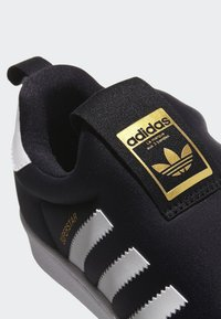 adidas Originals - SUPERSTAR 360 SHOES - Sneakers laag - black - 8