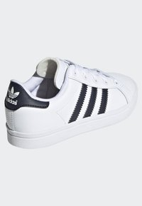 adidas Originals - COAST STAR SHOES - Sneakers basse - white - 3