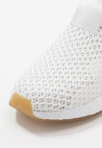 adidas Originals - DEERUPT - Tenisky - footwear white - 5