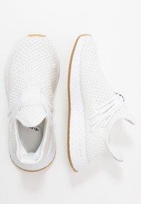 adidas Originals - DEERUPT - Tenisky - footwear white - 1