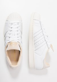 adidas Originals - SUPERSTAR - Sneakers laag - footwear white/crystal white - 2