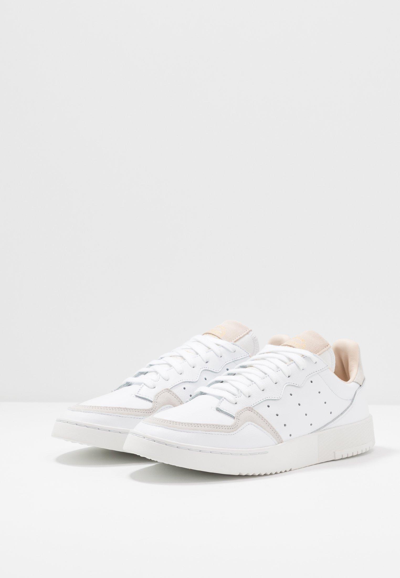 adidas Originals SUPERCOURT - Baskets basses - footwear white/crystal white