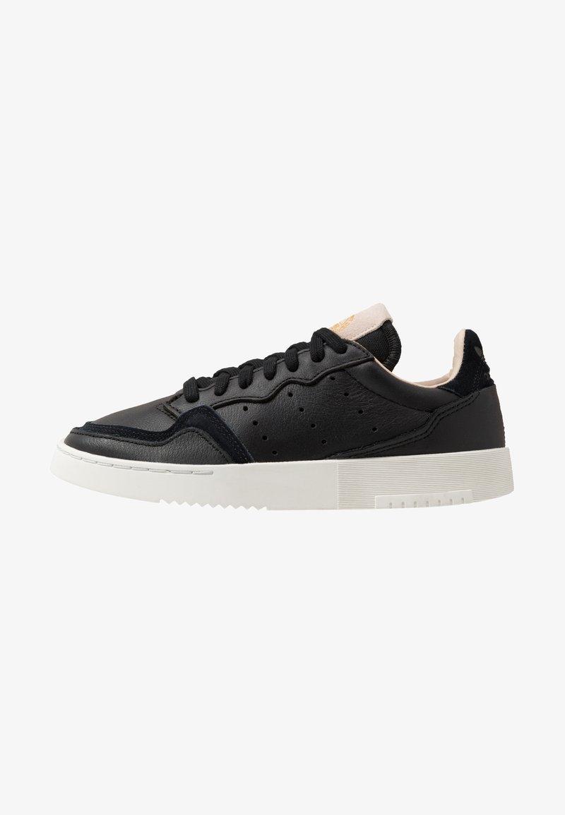 adidas Originals - SUPERCOURT - Sneakersy niskie - core black/crystal white