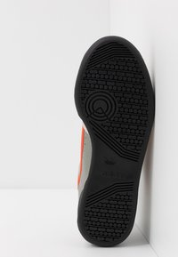 adidas Originals - CONTINENTAL 80 - Tenisky - sesame/orange/raw white - 4