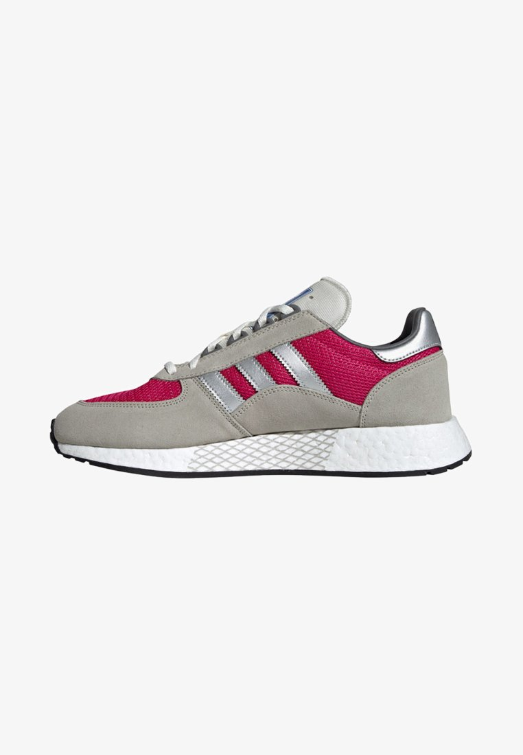 adidas Originals - MARATHON TECH - Trainers - red
