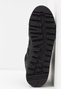 adidas Originals - BAARA - High-top trainers - core black - 4