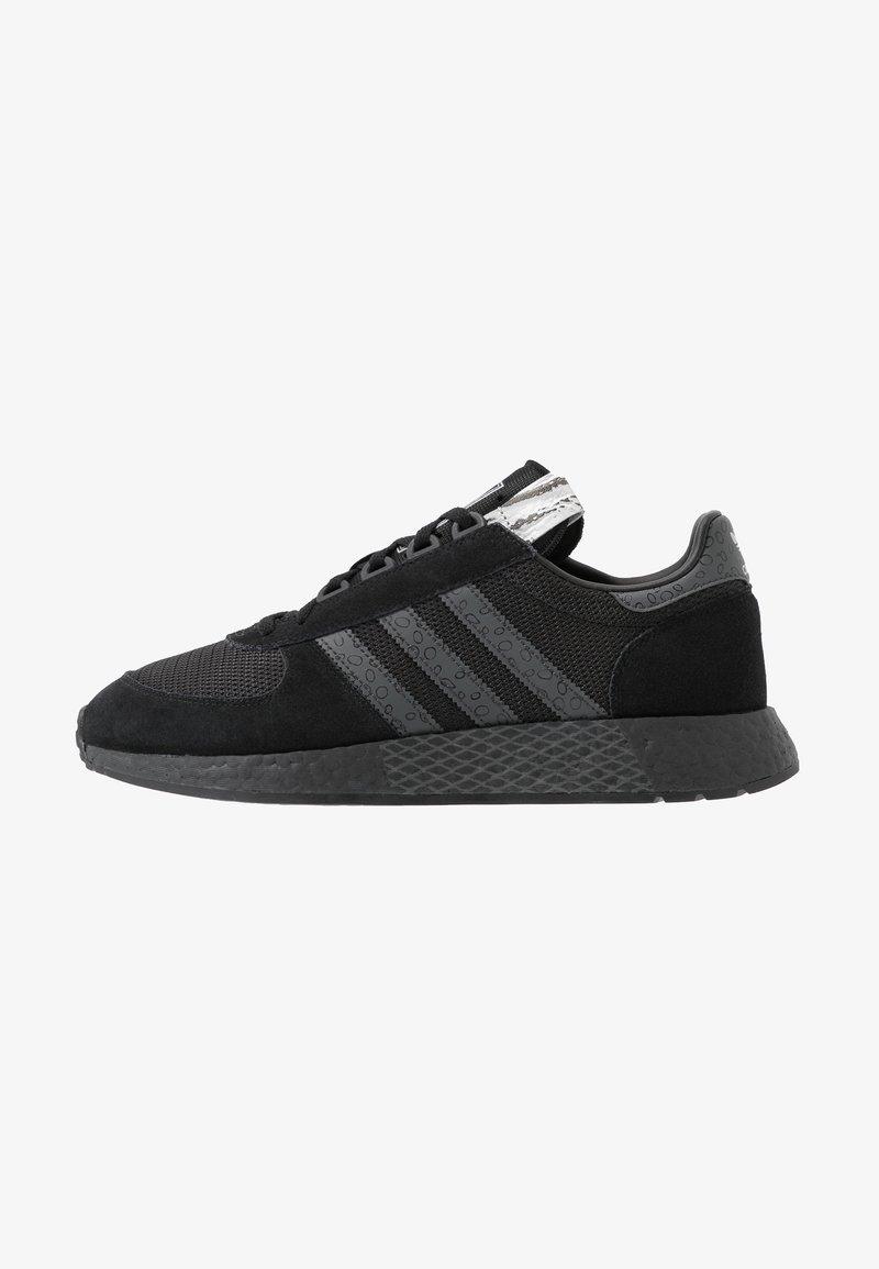 adidas Originals - MARATHON TECH - Sneakers laag - core black/dough solid grey/silver metallic