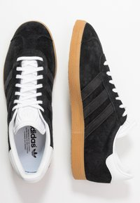 adidas Originals - GAZELLE - Trainers - core black/footwear white - 1