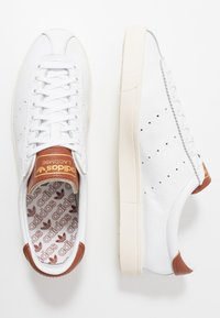adidas Originals - LACOMBE - Trainers - footwear white/st redwood - 1