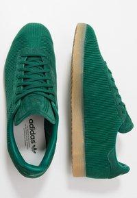 adidas Originals - GAZELLE - Trainers - collegiate green - 1