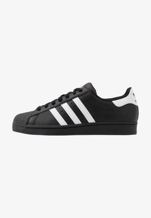 SUPERSTAR - Matalavartiset tennarit - core black/footwear white