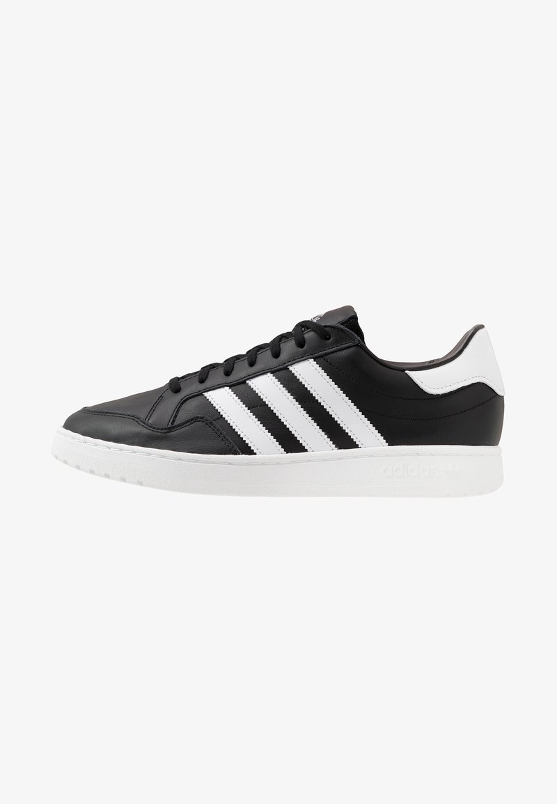 adidas Originals - TEAM COURT - Baskets basses - core black/footwear white