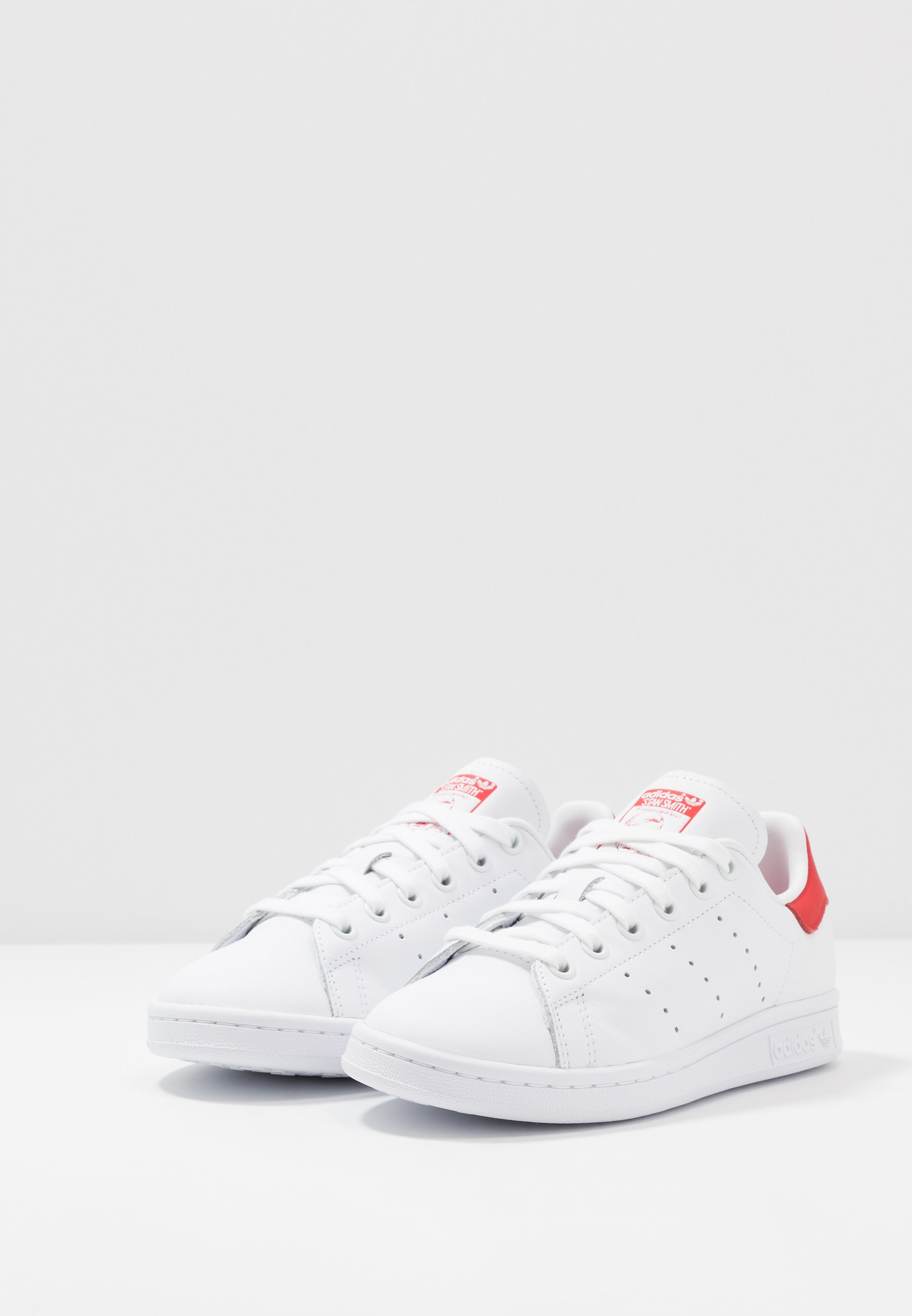 adidas Originals STAN SMITH - Baskets basses footwear white/lush red