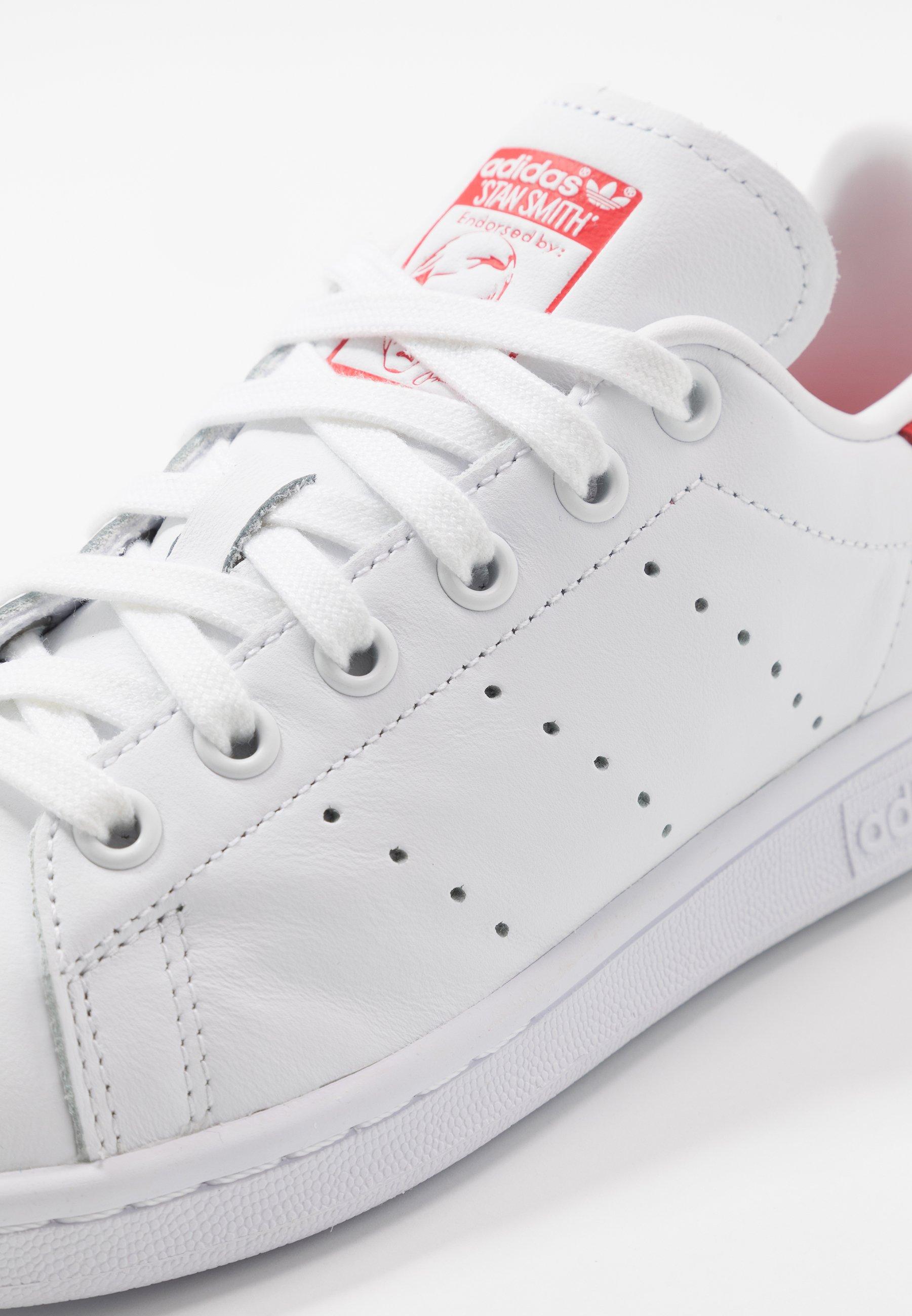 adidas Originals STAN SMITH - Sneakersy niskie - footwear white/lush red