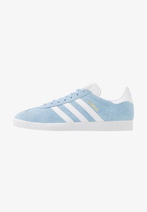 GAZELLE - Trainers - clear sky/footwear white/gold metallic