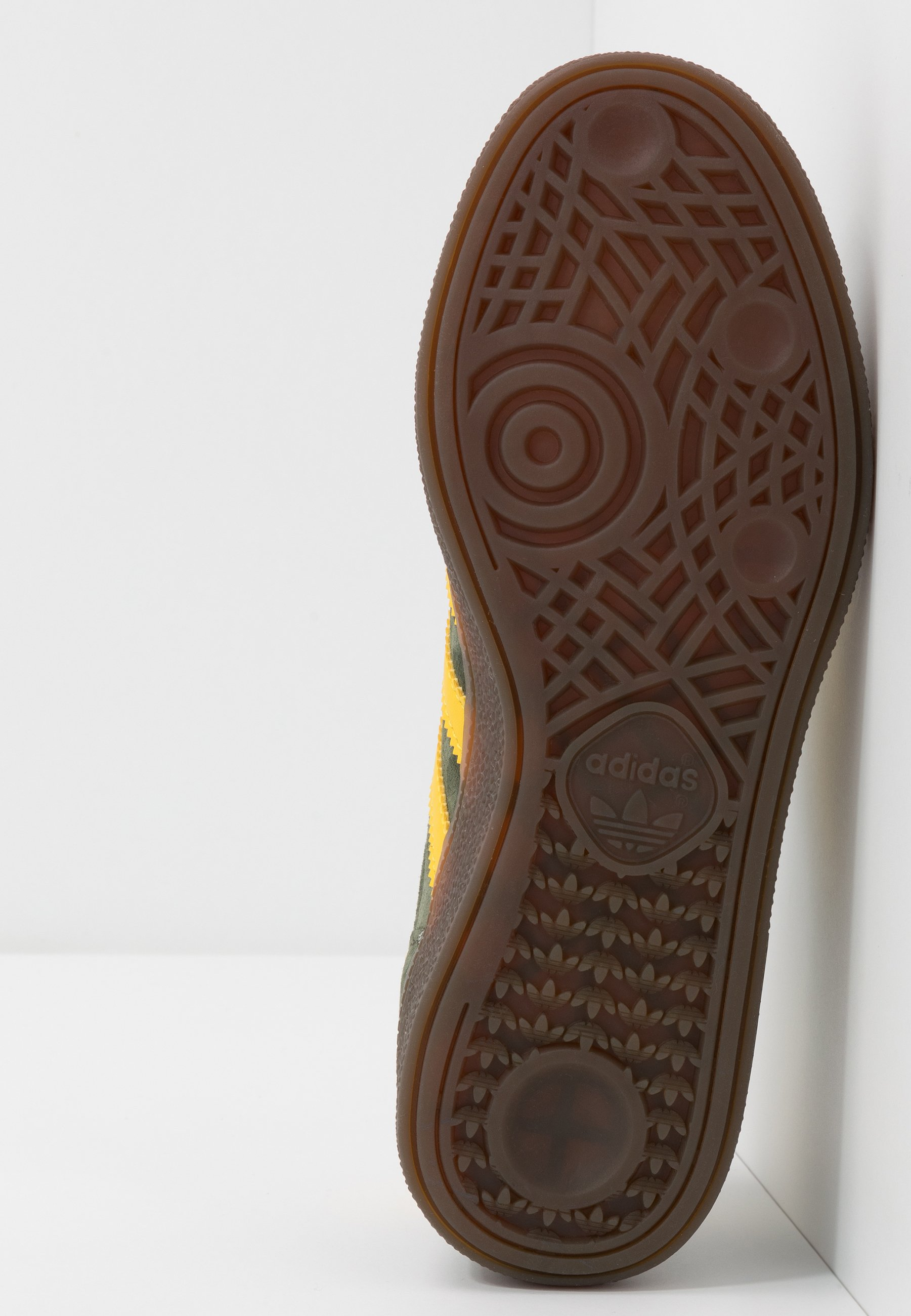 adidas Originals HANDBALL SPEZIAL - Baskets basses - night cargo/yellow