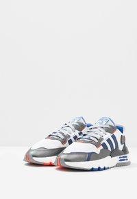 adidas Originals - NITE JOGGER - STAR WARS - Sneakers - footwear white/core black - 2
