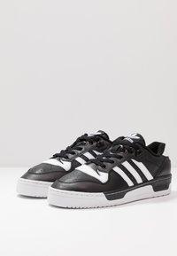 adidas Originals - RIVALRY  - Sneaker low - core black/footwear white - 2