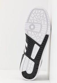 adidas Originals - RIVALRY  - Sneaker low - core black/footwear white - 4