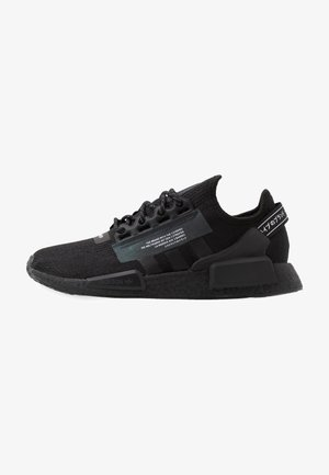 NMD R1.V2 - Trainers - core black