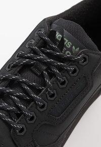 adidas Originals - CONTINENTAL 80 - Tenisky - core black/trace green - 5
