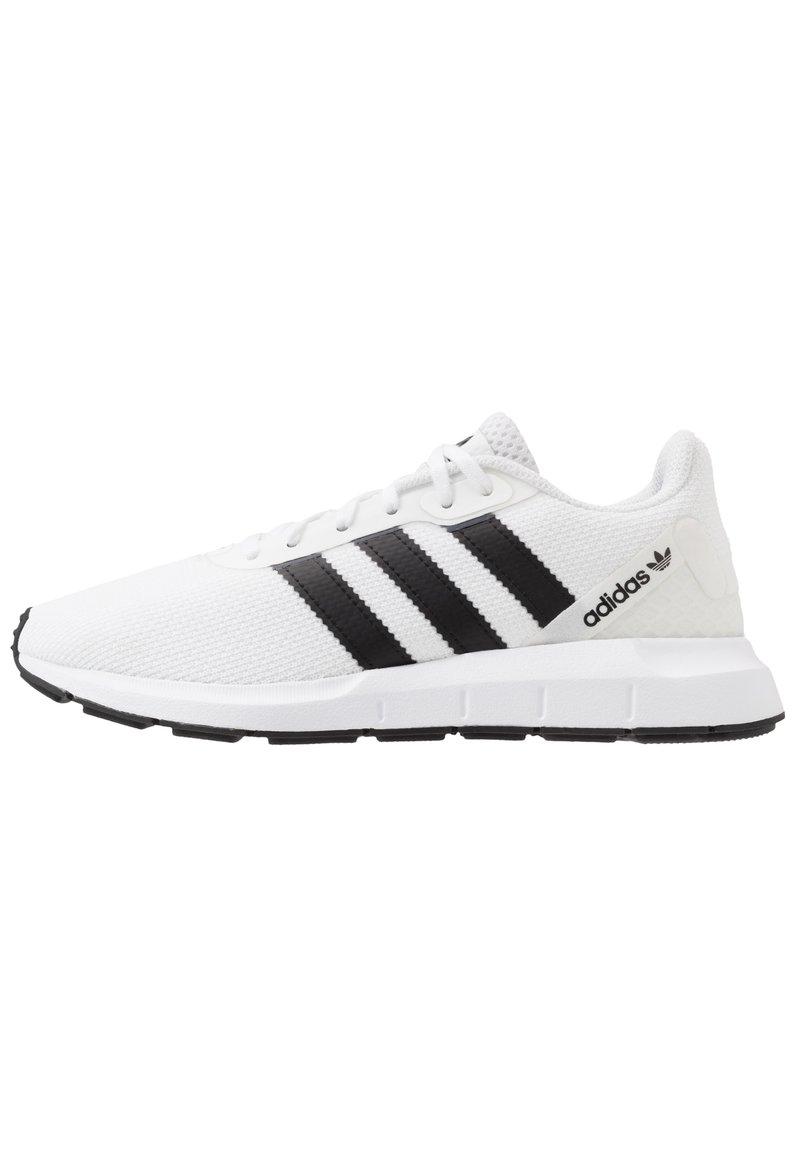 adidas Originals - SWIFT RUN - Zapatillas - ftwwht/cblack/ftwwht