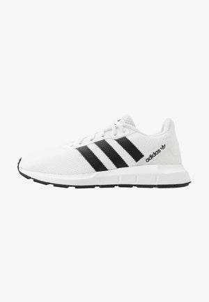 SWIFT RUN - Trainers - footwear white/core black