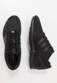 adidas Originals - ZX FLUX - Sneakers - core black - 1