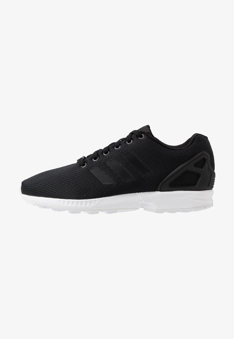 adidas Originals - ZX FLUX - Sneakers laag - core black/footwear white
