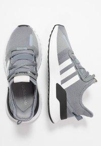 adidas Originals - U_PATH RUN - Matalavartiset tennarit - grey/footwear white/core black - 1