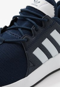 adidas Originals - X PLR - Sneakersy niskie - collegiate navy/footwear white/core black - 5