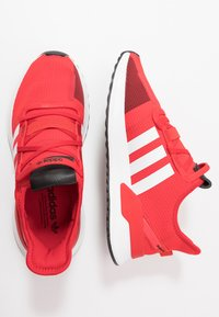 adidas Originals - PATH RUN - Joggesko - scarlet/footwear white/shock red - 1