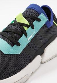 adidas Originals - POD-S3.1 - Sneakers - carbon/core black - 5