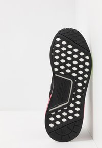 adidas Originals - NMD_R1 - Trainers - core black/energy pink - 4