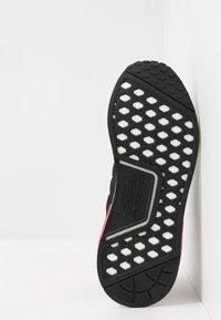 adidas Originals - NMD_R1 - Sneakers - core black/energy pink - 4