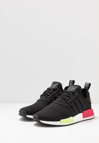 adidas Originals - NMD_R1 - Trainers - core black/energy pink - 2