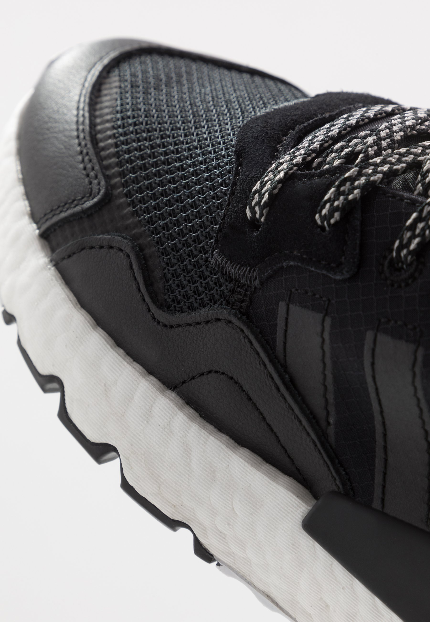 adidas Originals NITE JOGGER - Sneakers - core black/carbon