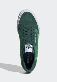 adidas Originals - CONTINENTAL VULC SHOES - Scarpe skate - green - 1