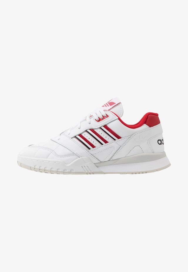 TRAINER - Tenisky - footwear white/scarlet/core black