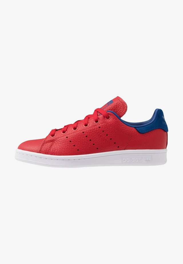STAN SMITH - Sneakersy niskie - scarlet/collegiate royal