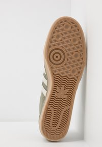 adidas Originals - EASE - Sneakers basse - legend green/clear brown - 4