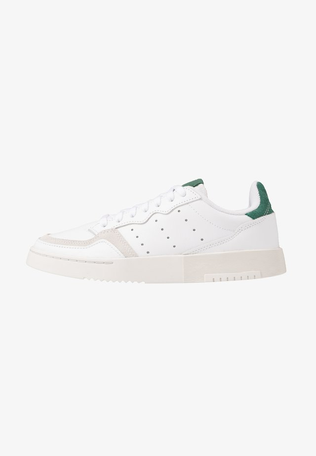 SUPERCOURT - Sneakers basse - footwear white/collegiate green